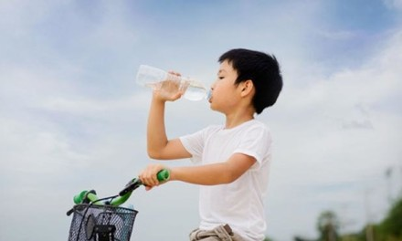 5 Safe, No-Leak, Easy-to-Clean Water Bottles for Big Kids (yes, they do exist!)
