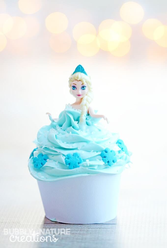 Easy Disney Frozen Cake Ideas - Elsa Princess Cupcakes by Sprinkle Some Fun