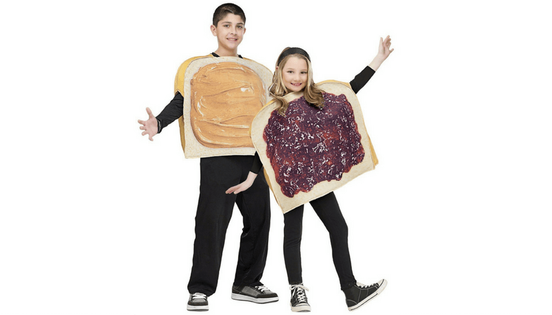 Creative Halloween Costumes for Siblings - peanut butter and jelly sandwich