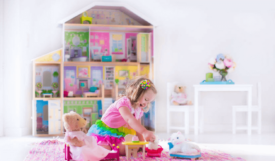 gift guide the best doll houses accessories for your doll obsessed girl or boy what moms. Black Bedroom Furniture Sets. Home Design Ideas